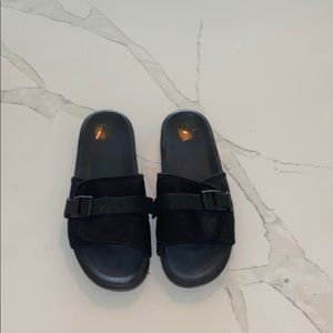 H&M slides with buckle